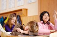 Addormentarsi in classe: la narcolessia nei bambini
