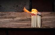 """La piromania: quel fuoco doloso che """"brucia"""" i pensieri"""