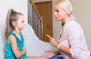 Sculacciare i figli: si o no?