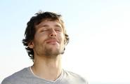 Cos'è l'ASMR, la tecnica dell'orgasmo sensoriale
