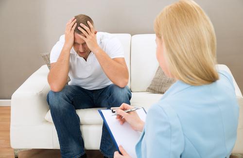 La depressione reattiva: sintomi, cause e terapie