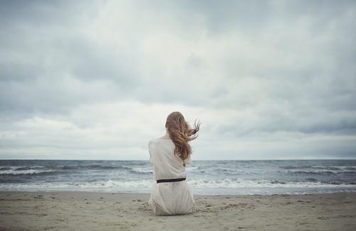 Stress e depressione, perché in estate colpiscono di più?
